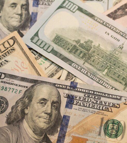 Dollar Dollars Money Hundred   - benscripps / Pixabay