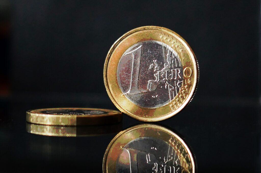 Euro Coins Europe Money Currency  - moritz320 / Pixabay