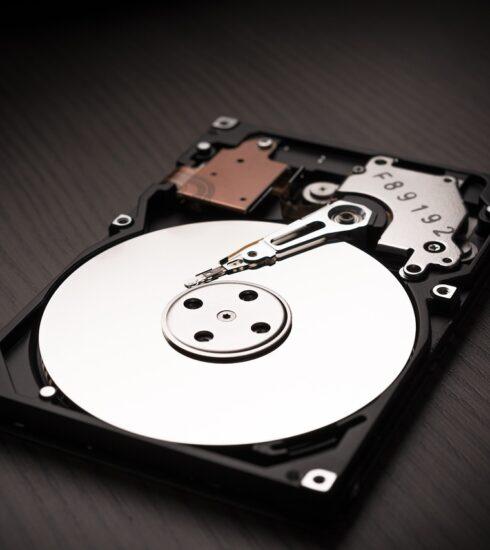 Hard Drive Data Store Harddisk Disk  - christopher_muschitz / Pixabay