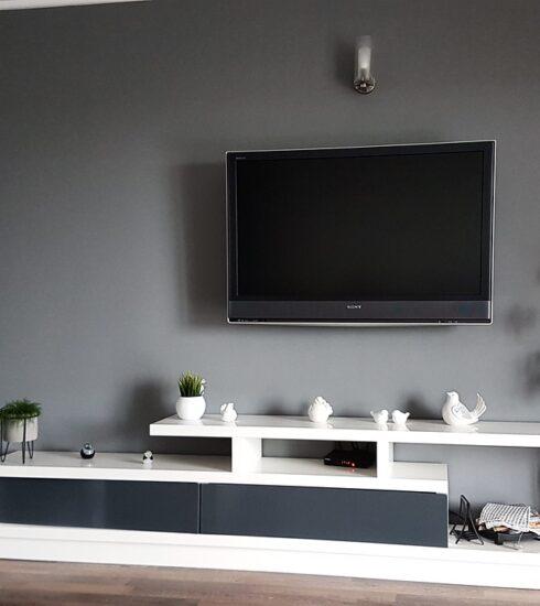 Living Room Room Furniture Tv  - przemokrzak / Pixabay