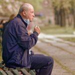 Man Adult Cigarette Smoking Smoke  - icsilviu / Pixabay
