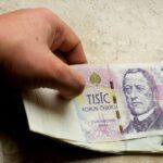 Money Crown Payment Profits  - vjkombajn / Pixabay