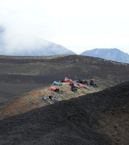 Mountains Tolbachik Volcano Tourists  - Natalia_Kollegova / Pixabay