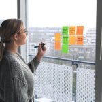 Woman Office Post Its Notes Window  - magnetme / Pixabay